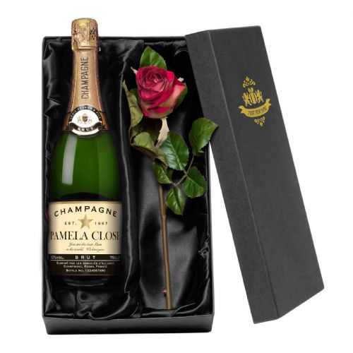 Personalised Authentic Star Champagne with a Rose Giftpack